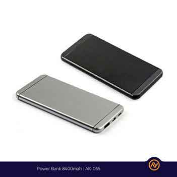 Power Bank 8400mAh AK-550